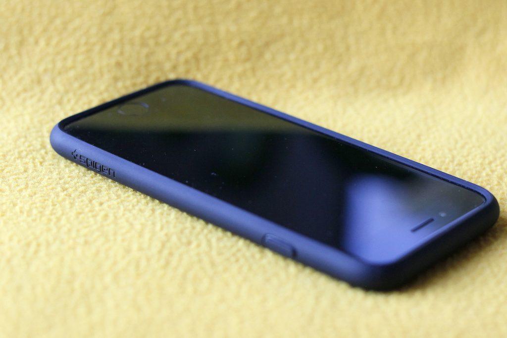 spigen-ultra-hybrid-bumber-case-for-iphone-7-07